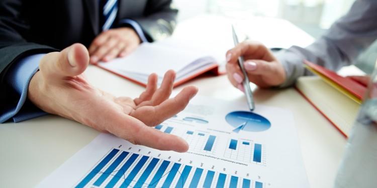BUSINESS-CHARTS-shutterstock_97474436